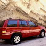 Chrysler Agrees to Jeep Recall